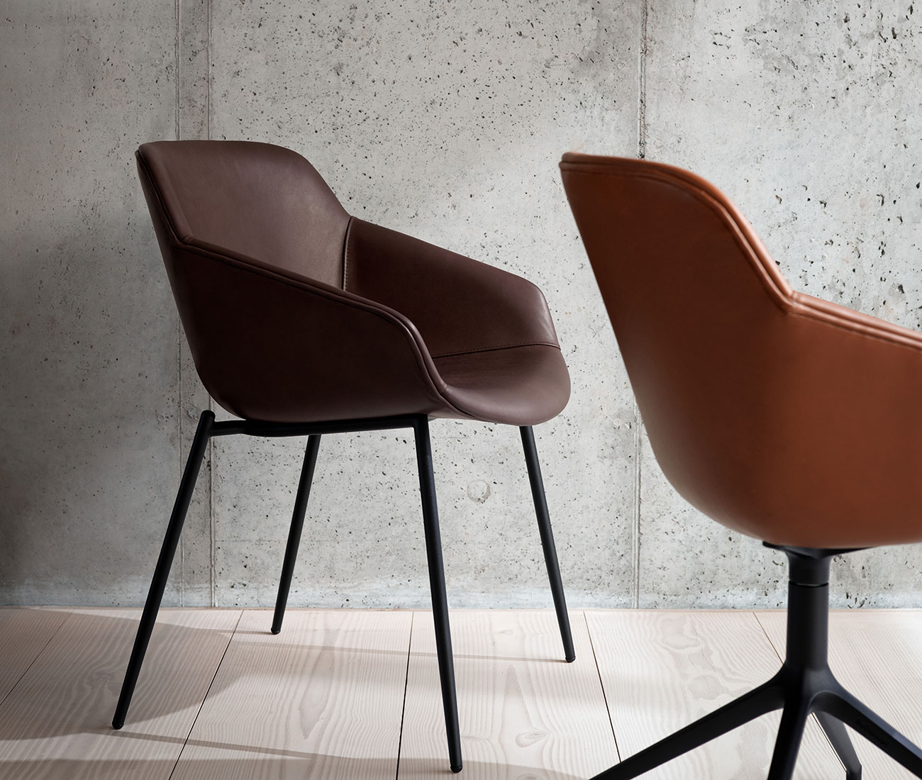 Vienna dining chair in brown leather