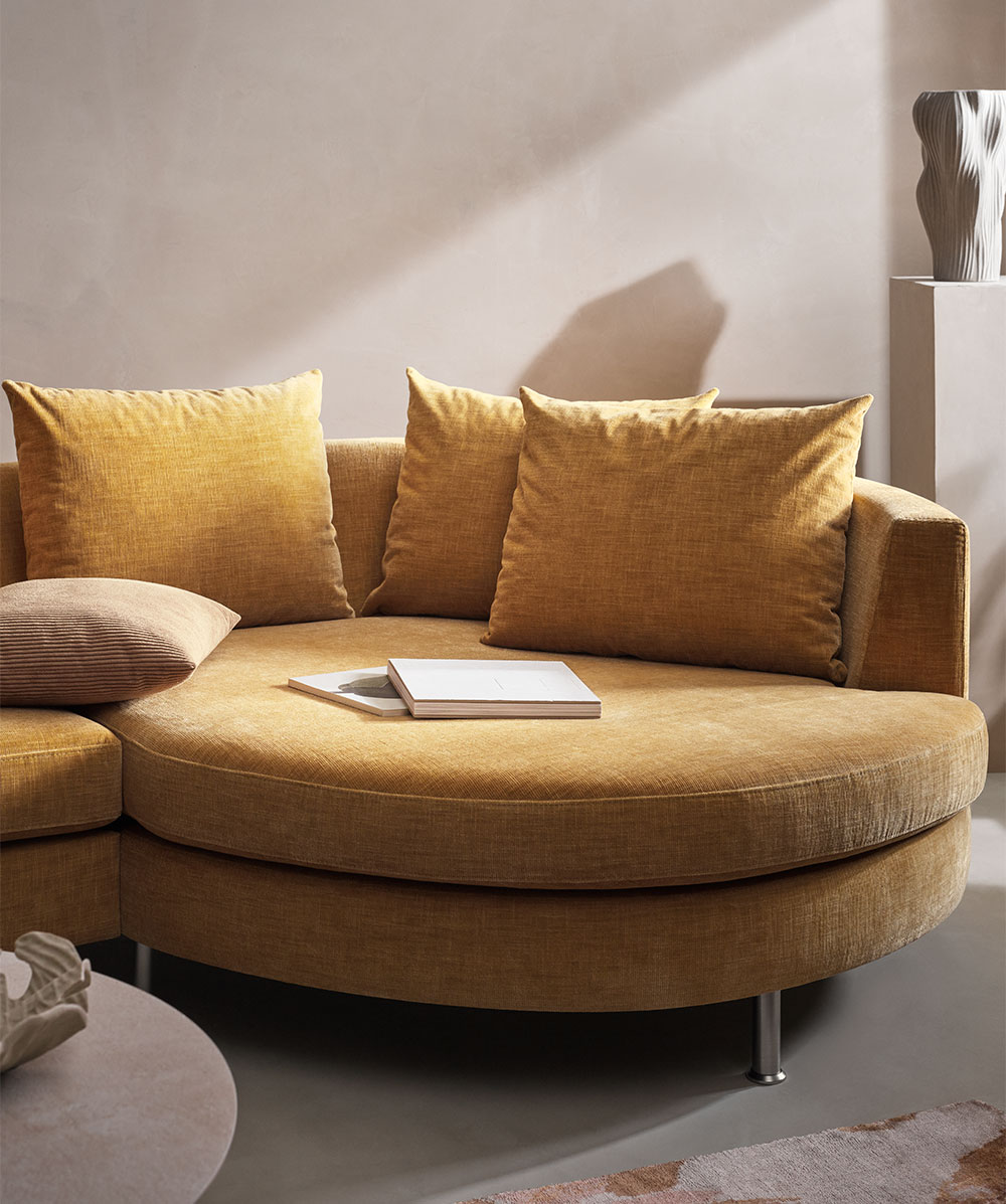 Mustard Indivi sofa with lounge unit