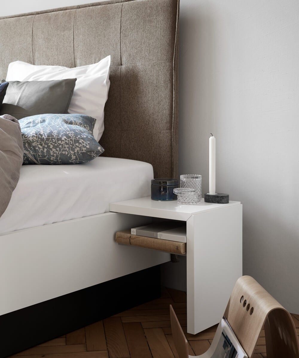 Lugano bed with sideboard