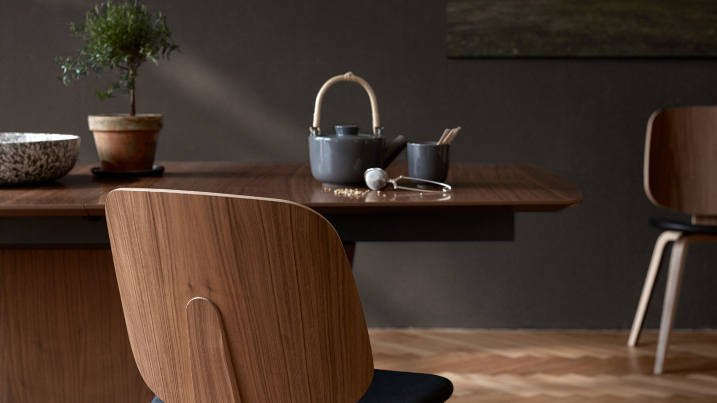 Close up of Milano dining table with tea pot