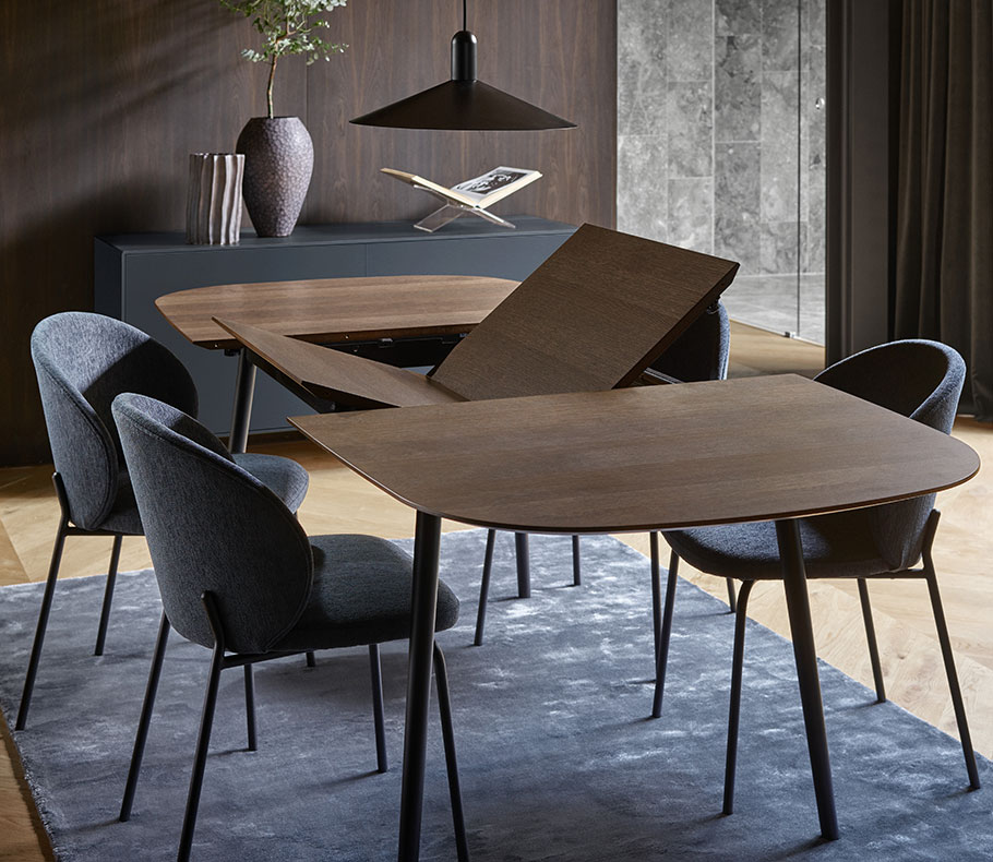 Kingston dining chairs and table