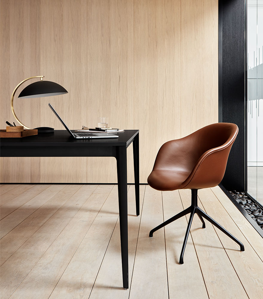 Torino table and Adelaide leather chair with swivel function