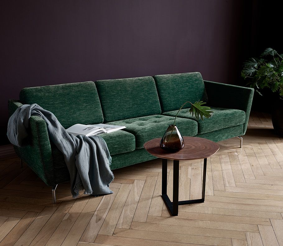 Dark green Osaka sofa with coffee table