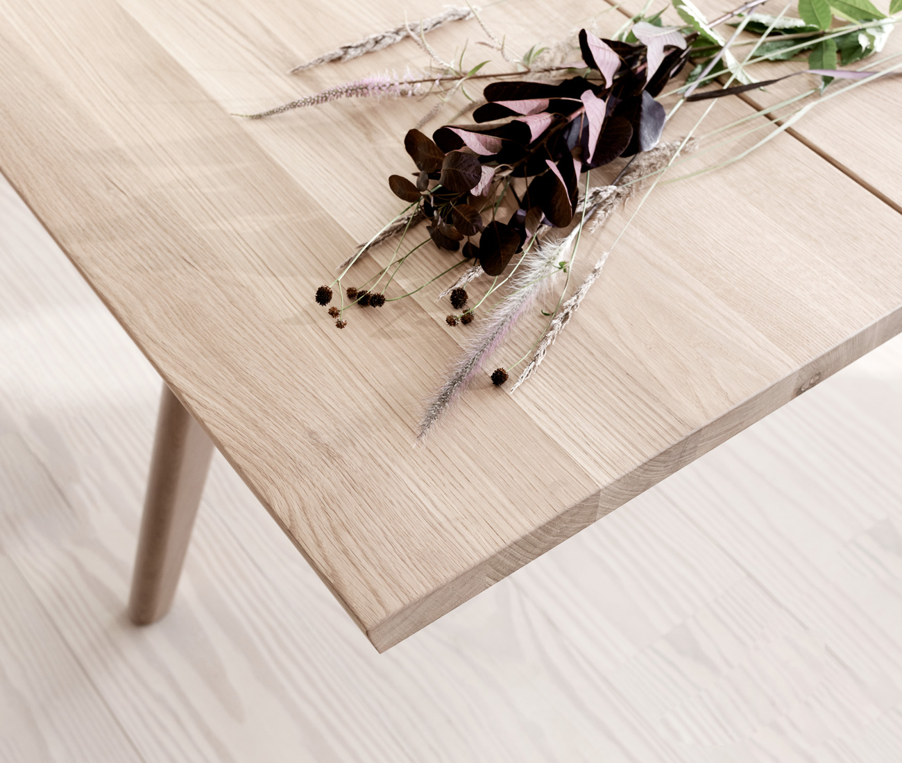 Solid oak nature oiled table