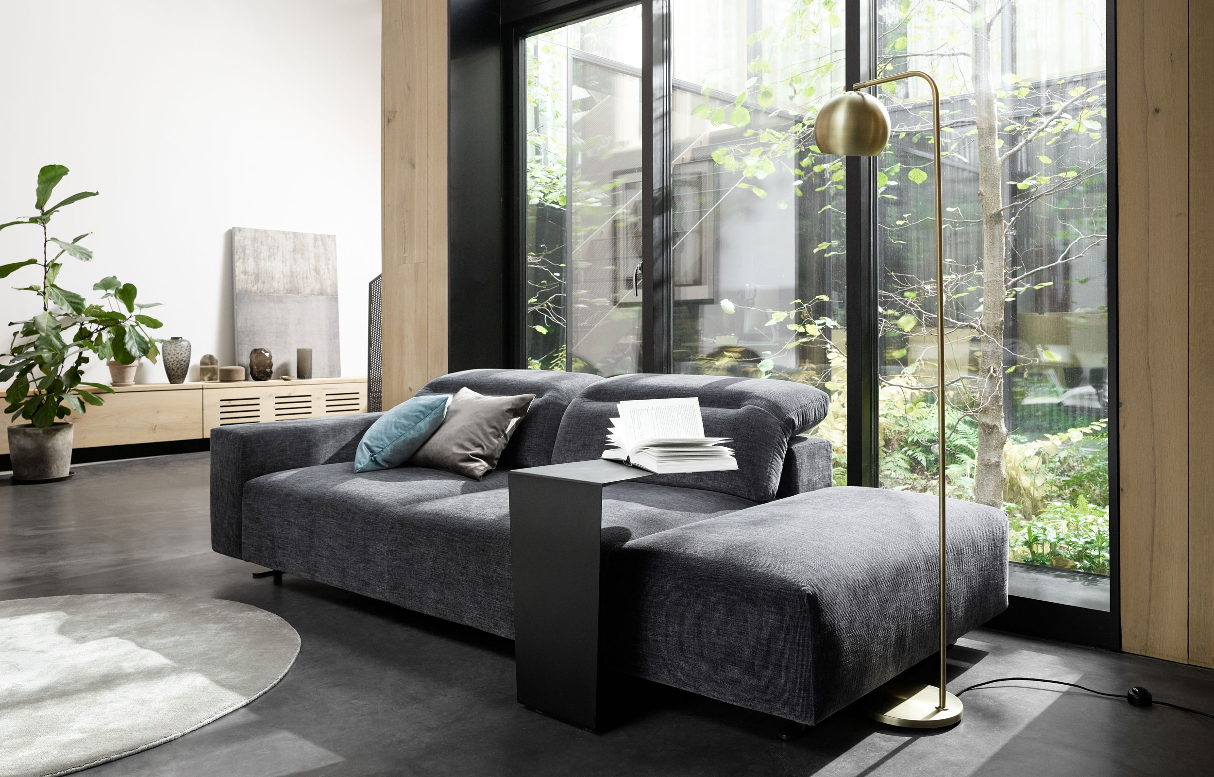 Sofa styling by BoConcept