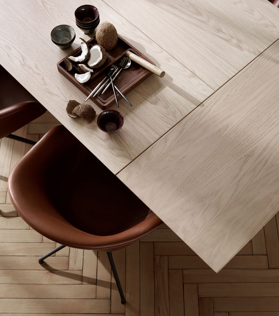Oak table top in Danish design