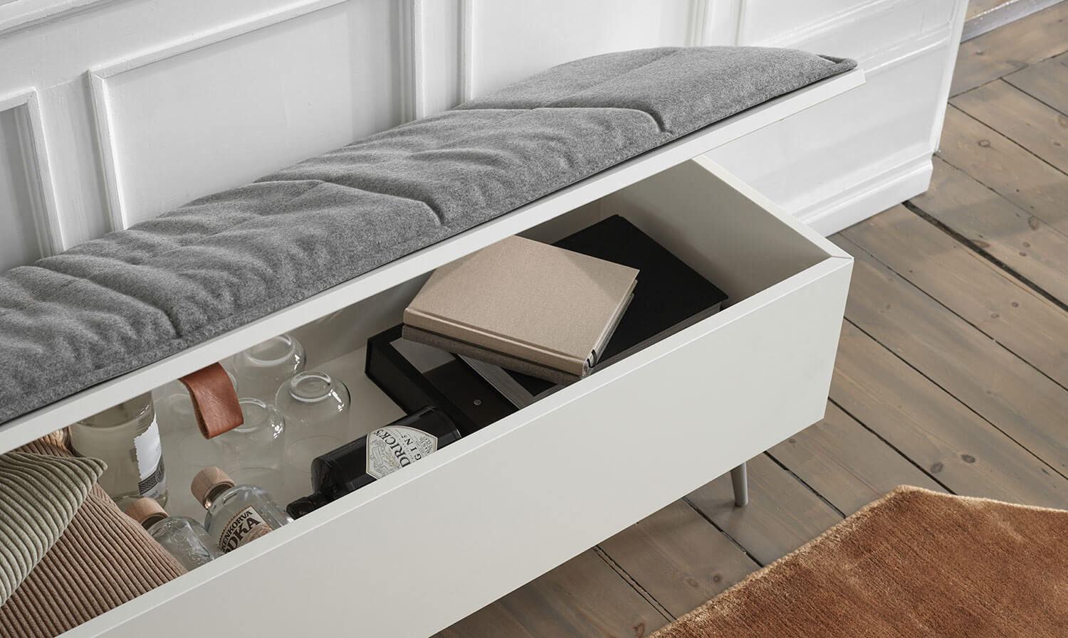 White Lugano bench with storage