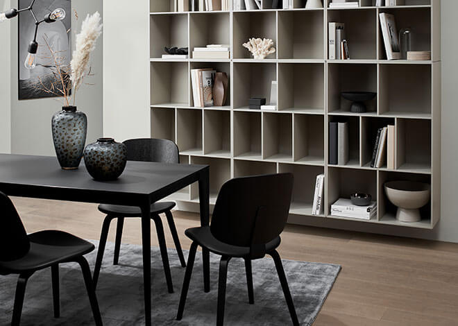 Black Torino table and black Aarhus chair