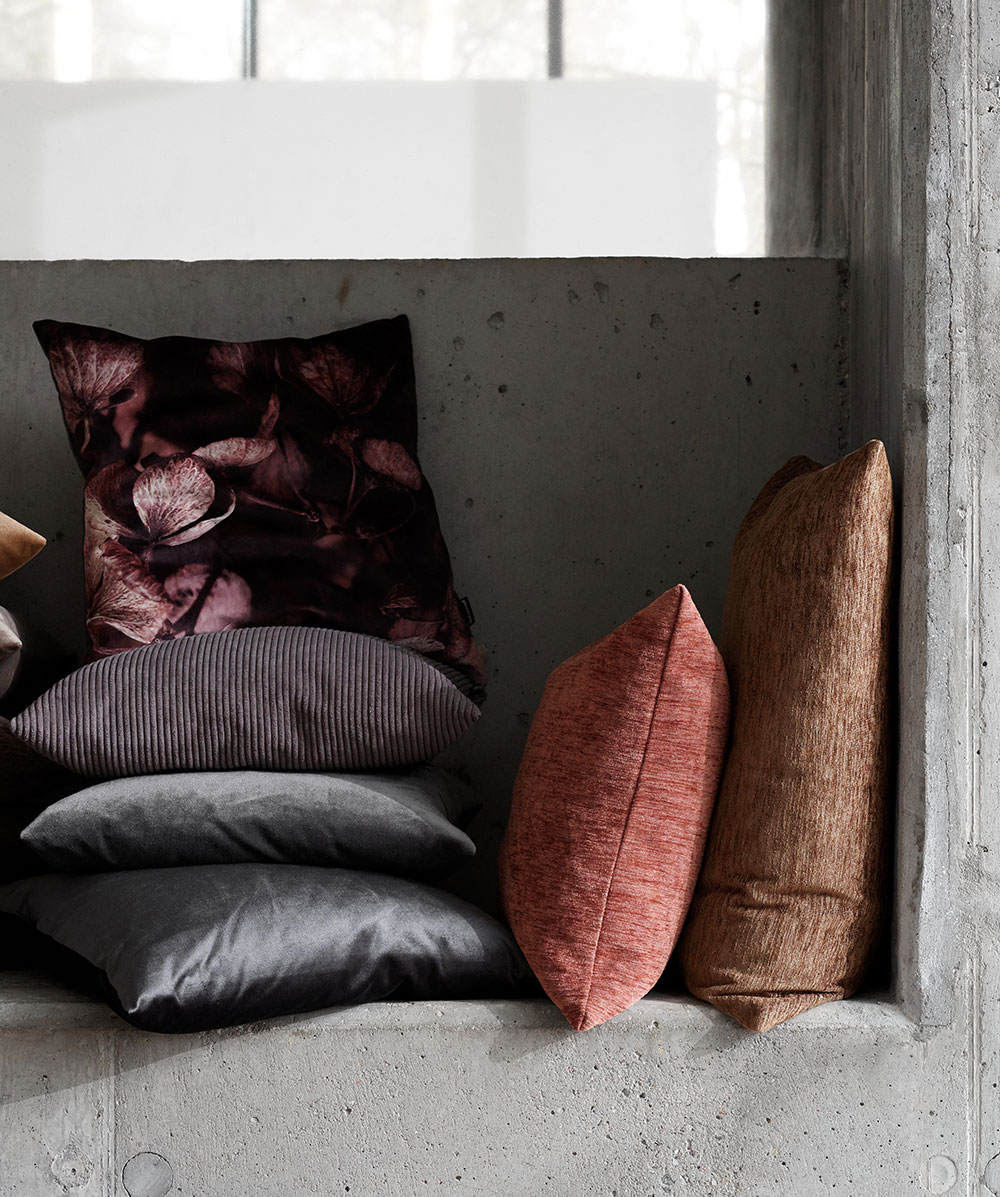 Autumn velvet, waves and cord cushions
