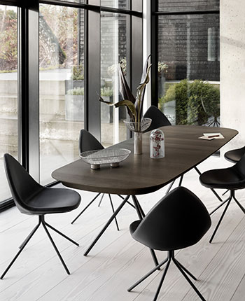Black Ottawa dining table and black dining chairs