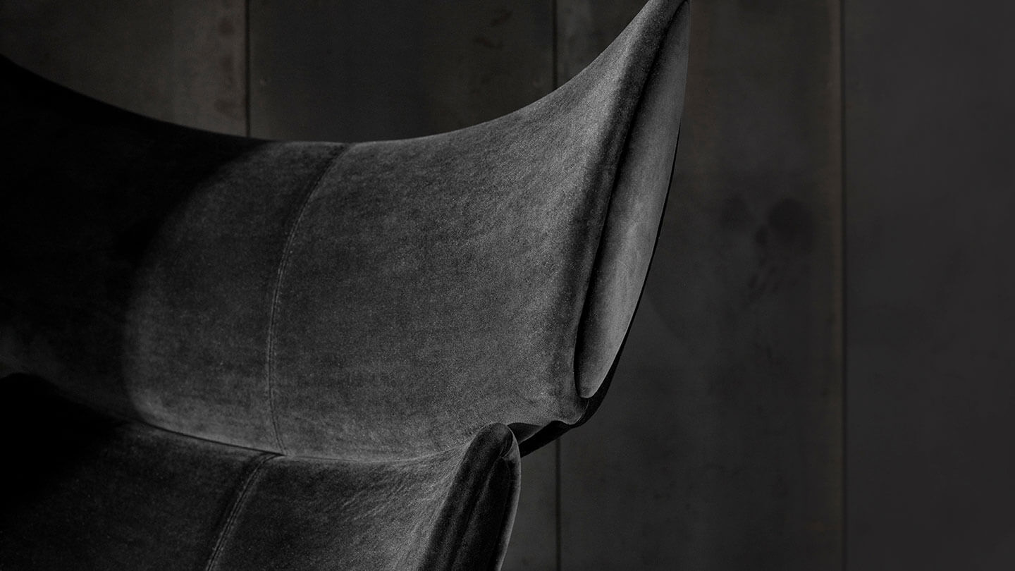 Black velvet Imola Chair