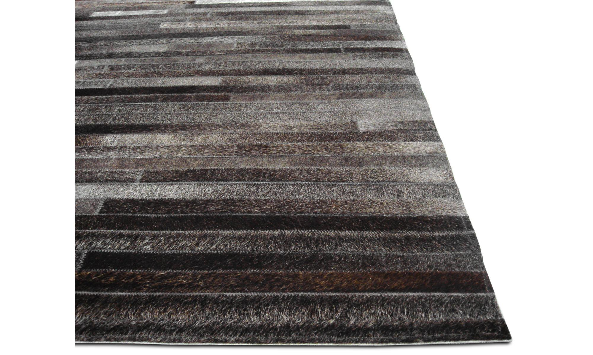tapis cuir gris stunning tapis shaggy cuir blanc et gris. Black Bedroom Furniture Sets. Home Design Ideas