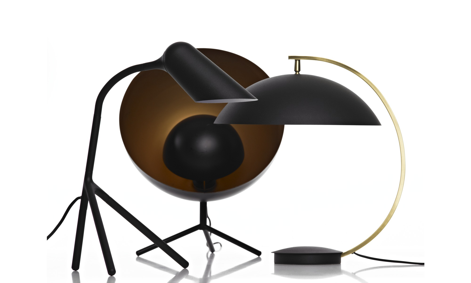 lampes de table lampe de table satellite boconcept. Black Bedroom Furniture Sets. Home Design Ideas
