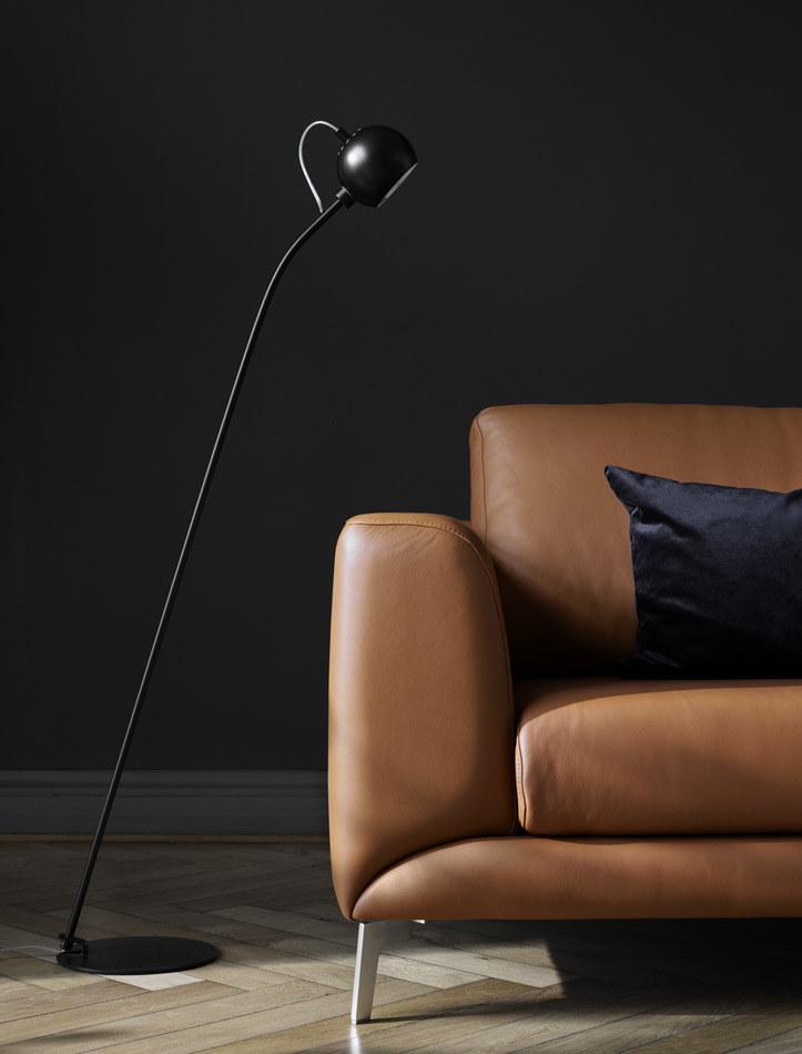 Lamps - Main floor lamp
