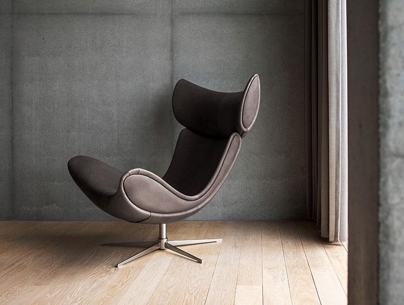 Πολυθρόνα Imola με λειτουργία ανάκλισης σε καφέ