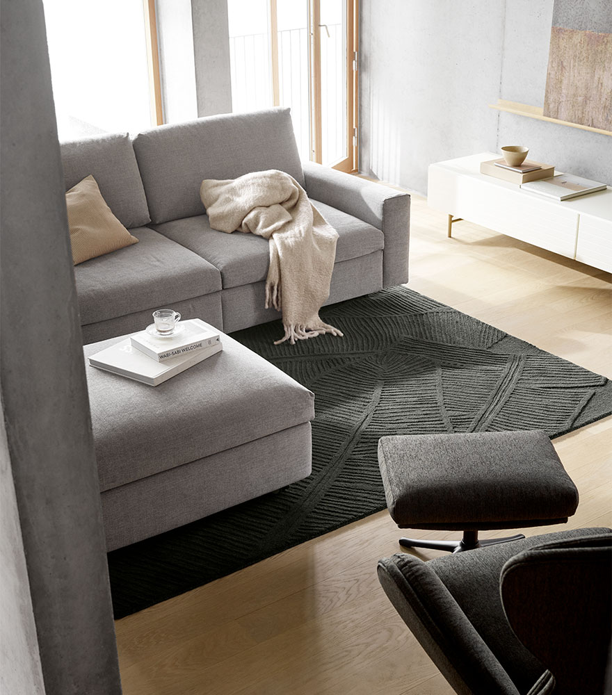 Sofá en tela gris