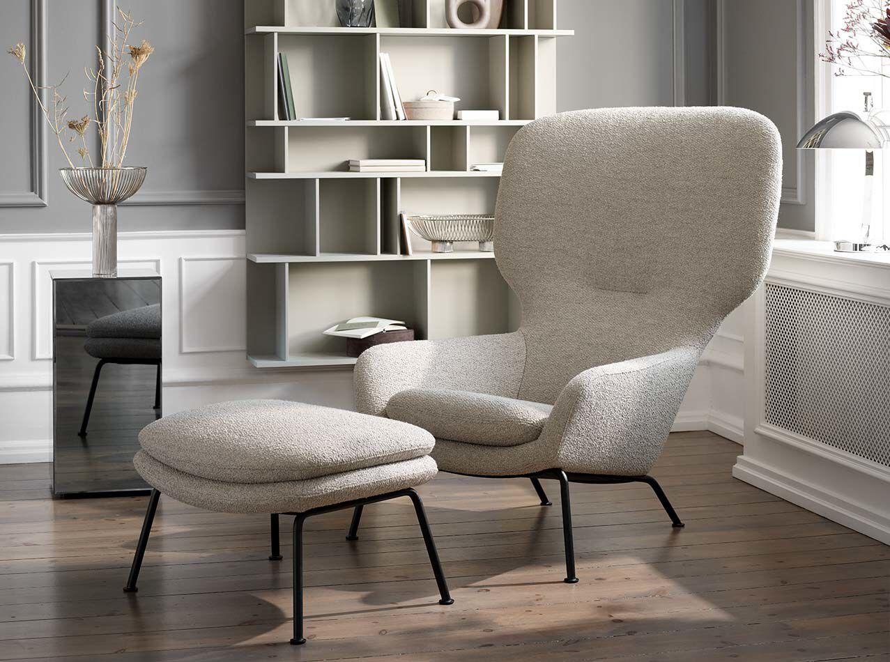 Dublin chair with footstool