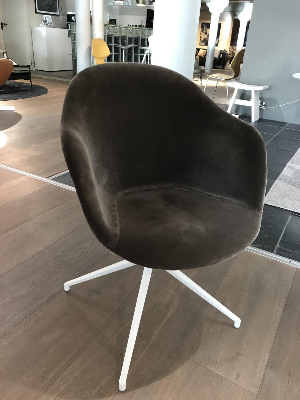 Adelaide Stuhl mit Drehfunktion 5x verfügbar preis pro stuhl