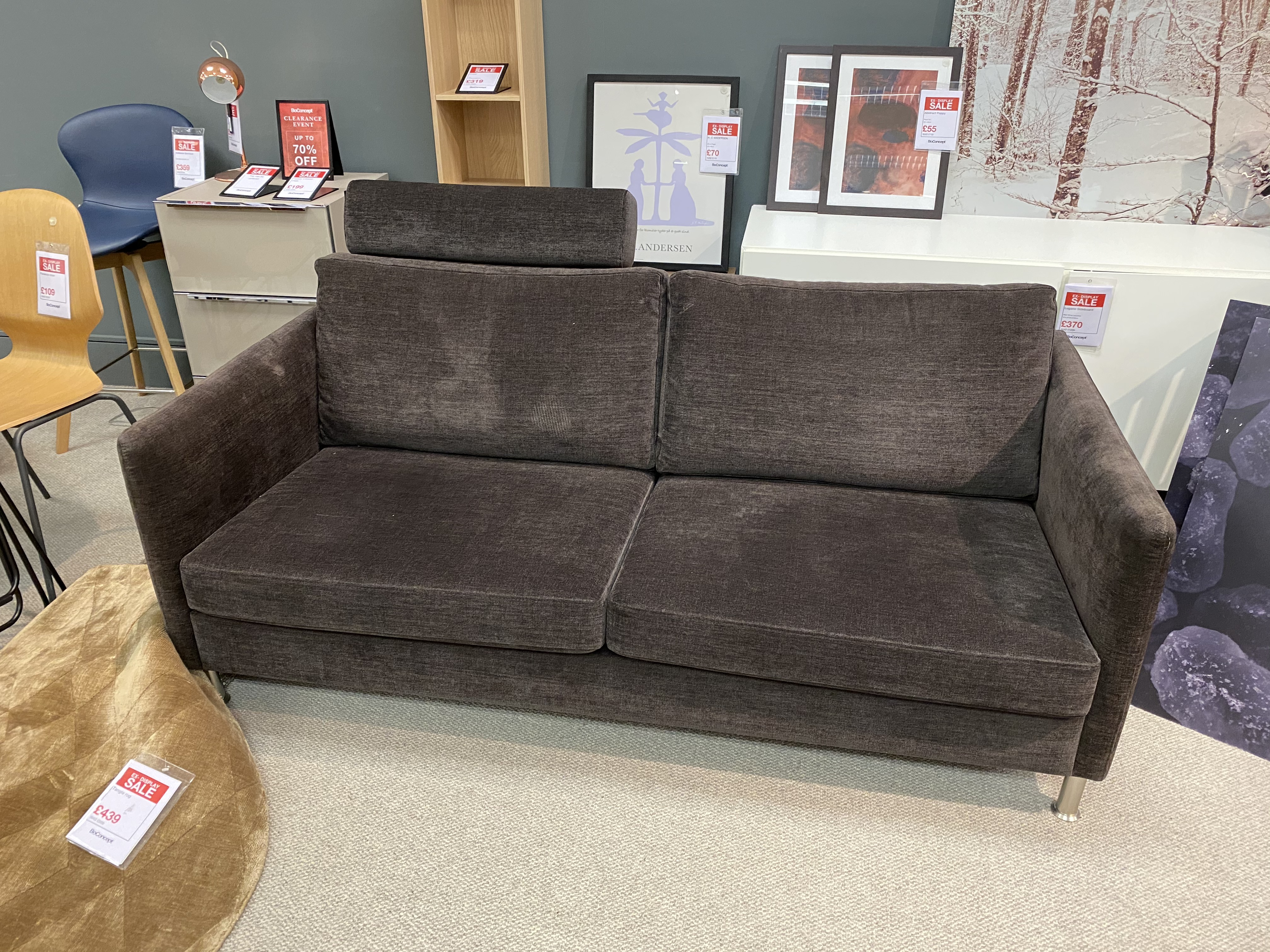 Indivi 2.5 seater sofa with headrest