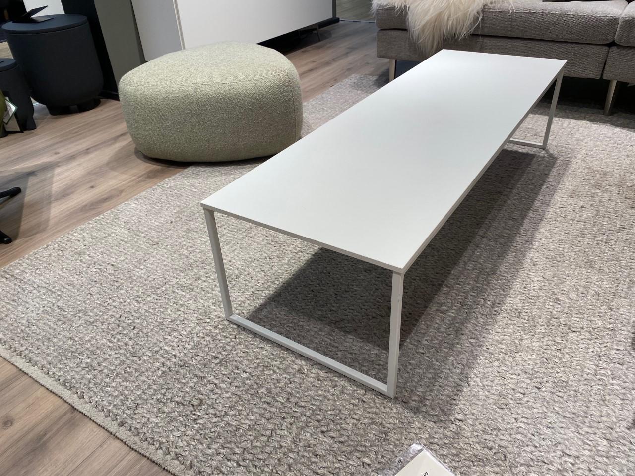 Lugo coffee table